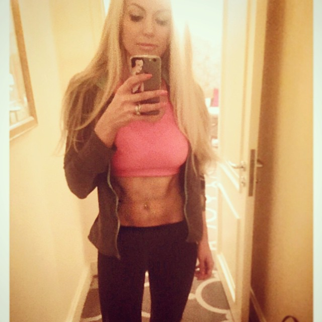 Wanna look like this? Check out Rosanna's new site to see how!
