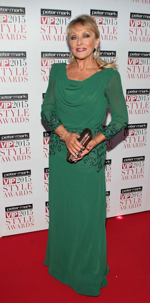 The panto legend looked stunning at the Style Awards