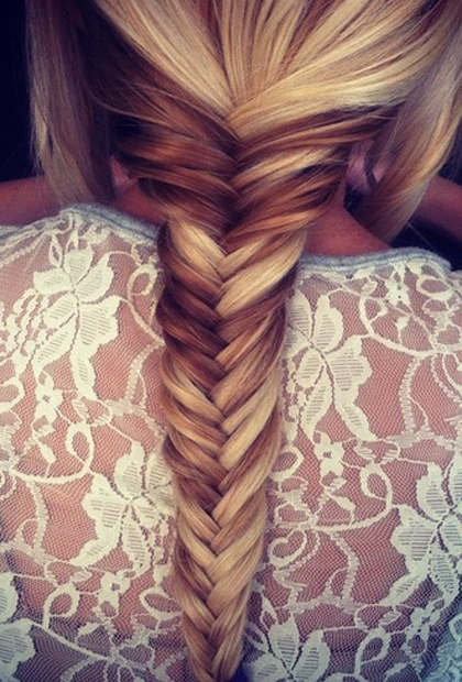 how-to-do-a-fishtail-braid-tutorial-step-by-step