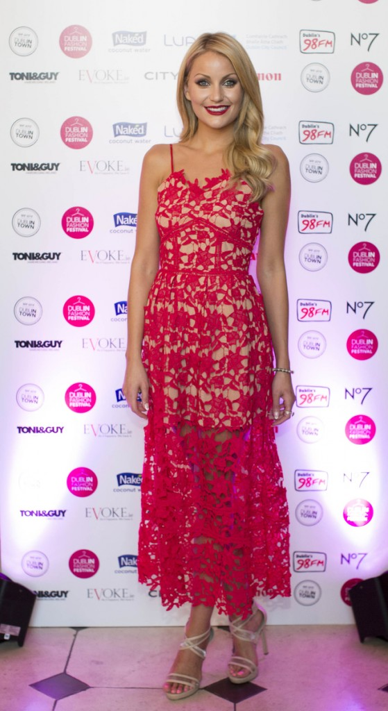 Kerri-Nicole Blanc looked lovely in red