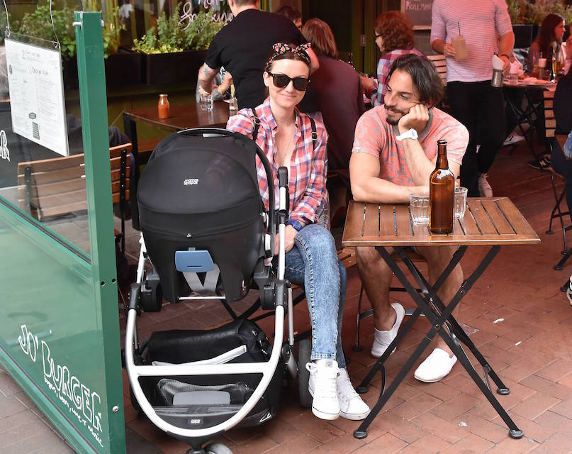 Jennifer and Lau enjoy some family time with baby Florence Photo: Cathal Burke