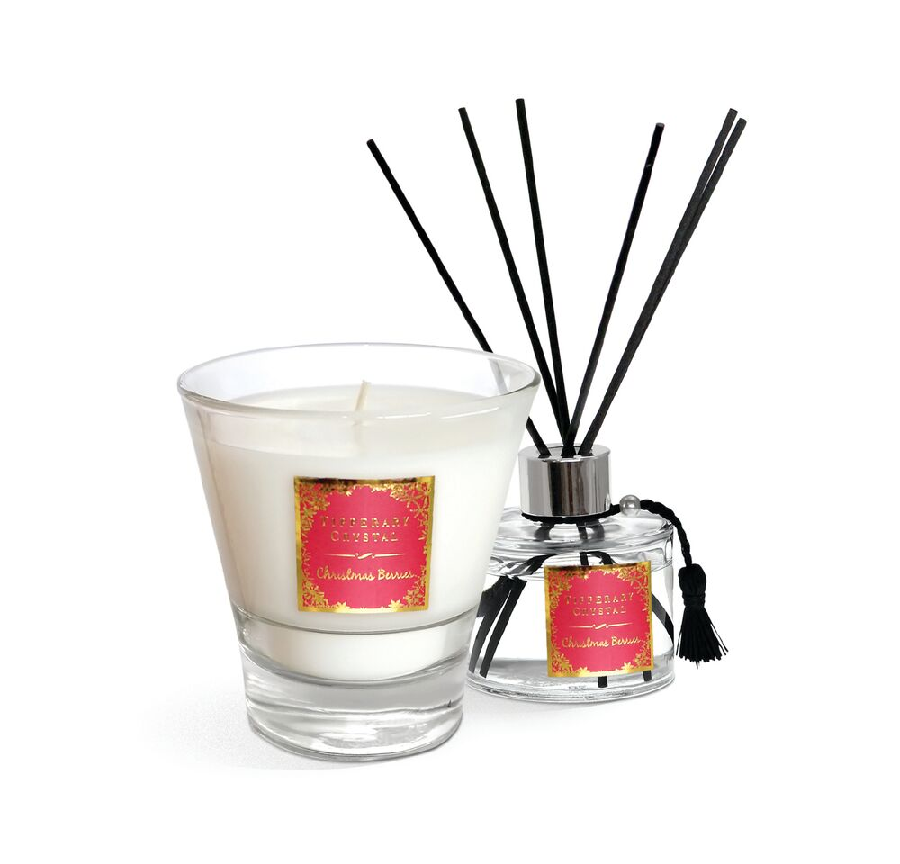 113558 CHRISTMAS BERRIES CANDLE AND DIFFUSER_preview