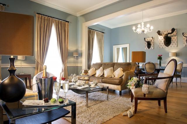 Duke Suite Lounge